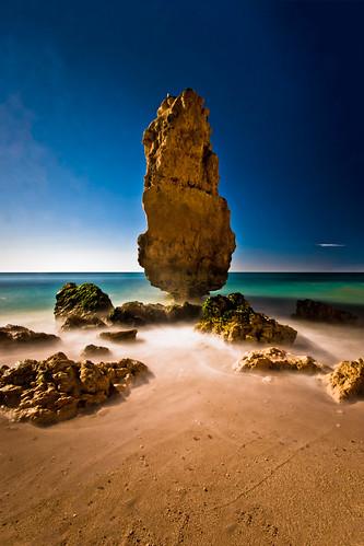 longexposure beach portugal sunrise algarve praiadamarinha bw110