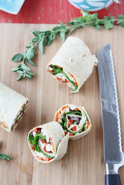 Sandwich Recipe with Roasted Red Pepper, Kalamata Olives & Herb Yogurt ...