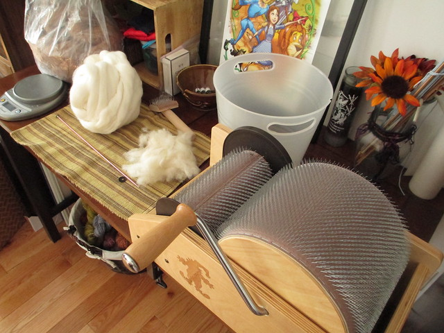 Spinning fur into yarn