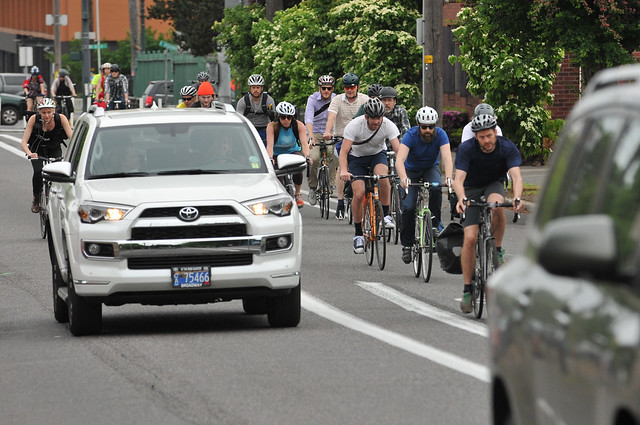 Bike traffic on N Williams Ave-7.jpg