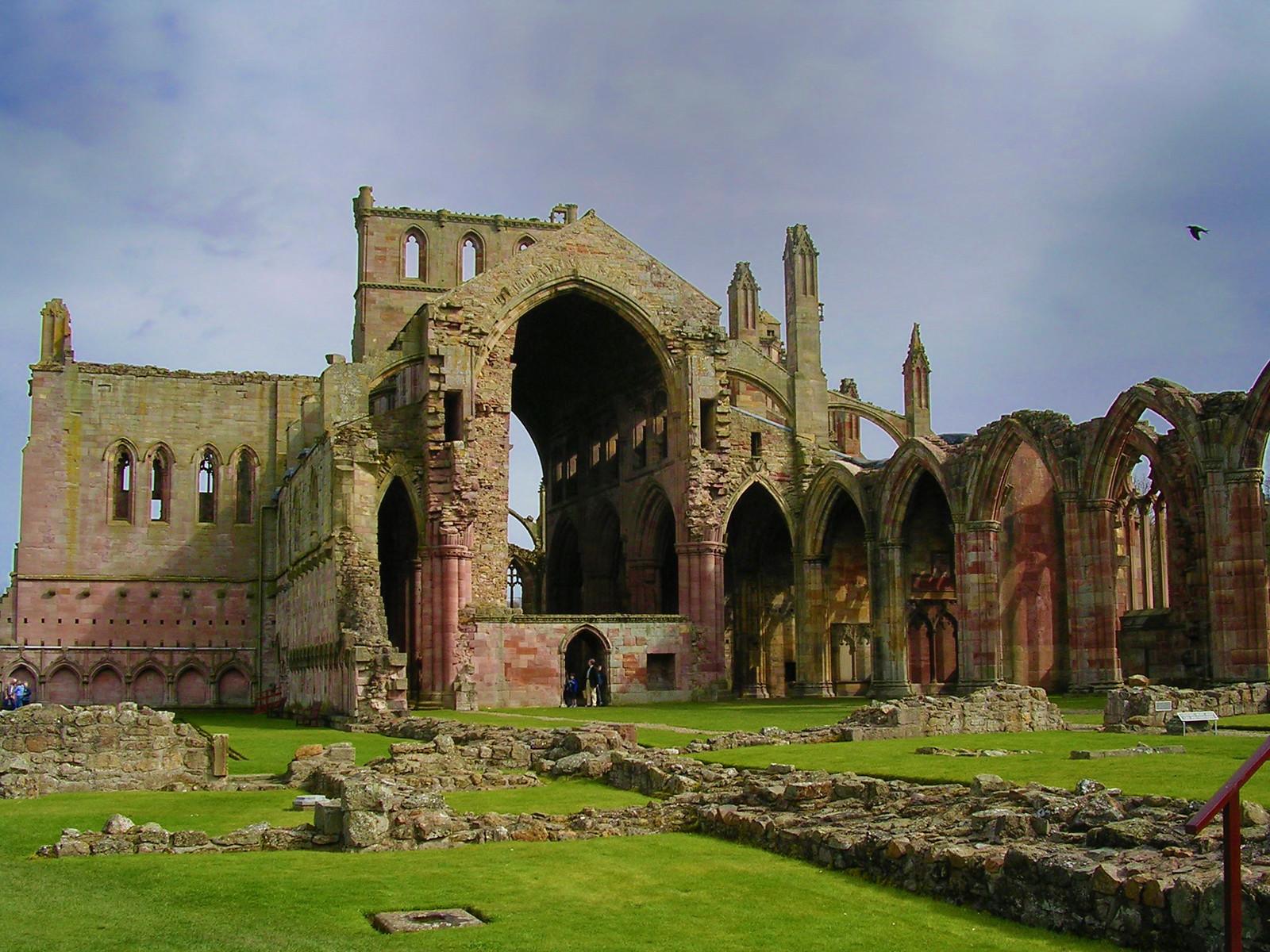 Melrose Abbey. Credit Globaltraveller