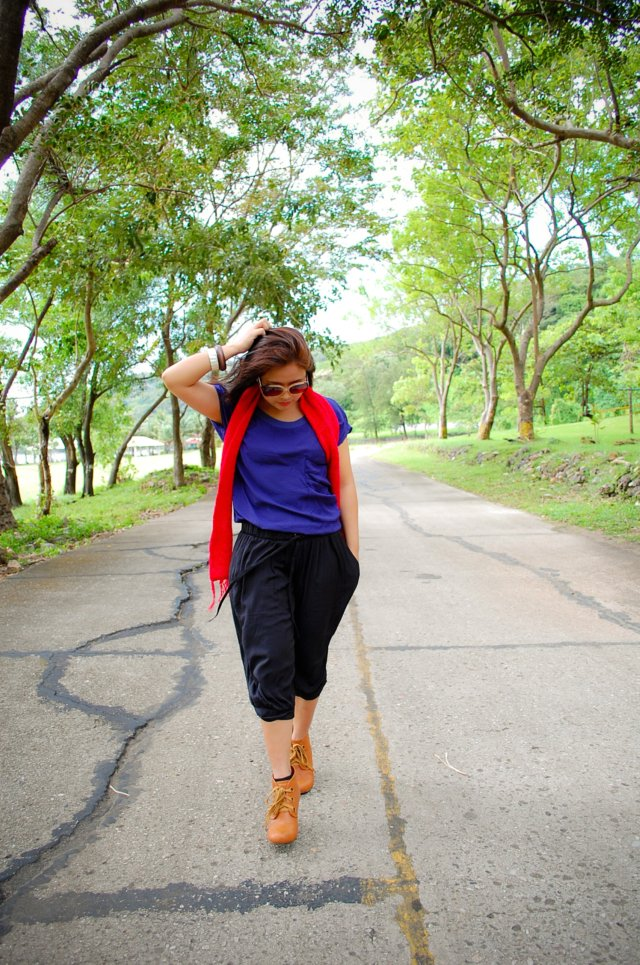 two-tone jumpsuit, denise katipunera, Pinay Fashion Blogger, mommy style, fashion on a budget, thrift finds, ukay ukay, wooden heel booties, color block