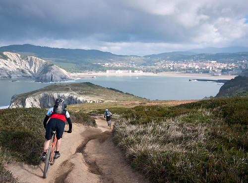 BasqueMTB: Scouting for the Coastal Tour
