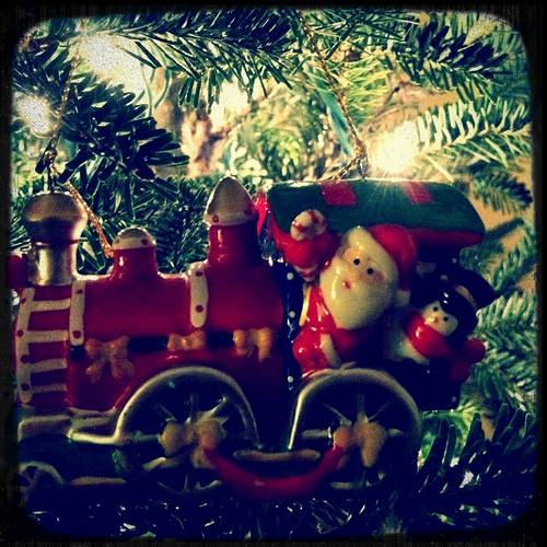 [338/365] Santa Train by goaliej54