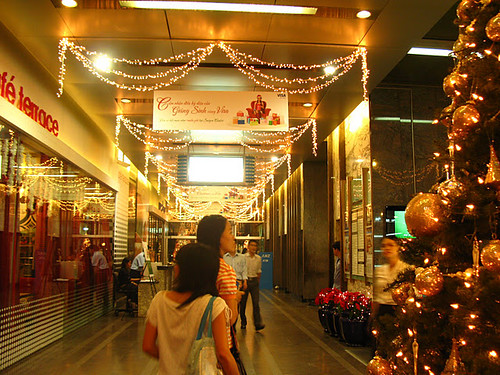 Shopping mall in Saigon
