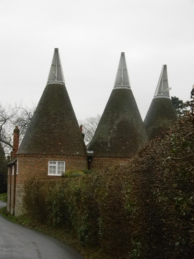 Oast House Klan Sinister group in Plaxtol. Borough Green to Sevenoaks