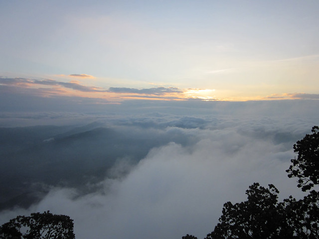 Kumara_Parvatha_Trek_Pushpagiri_Top_Sunrise