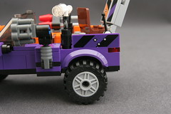 6864 The Batmobile and the Two-Face Chase - Truck 8