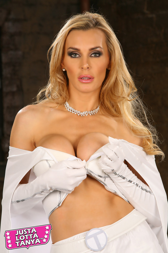 Tanya Tate Nude Photos 23