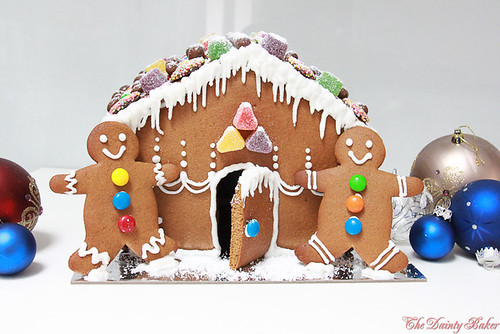 Gingerbread house-12
