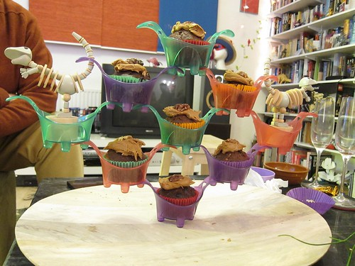 Cantilevered Cake Stand with Dinosaurs