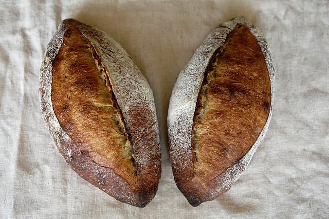 6595758275 8e10197754 z 2012. La multe paini! cu Apa.Faina.Sare.