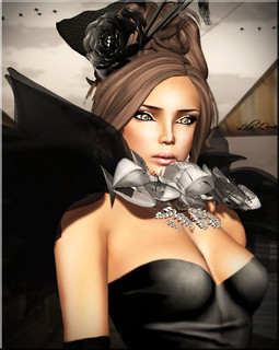 SAS - Essence Black & -Belleza- Chloe SK 7 by Tricky Boucher