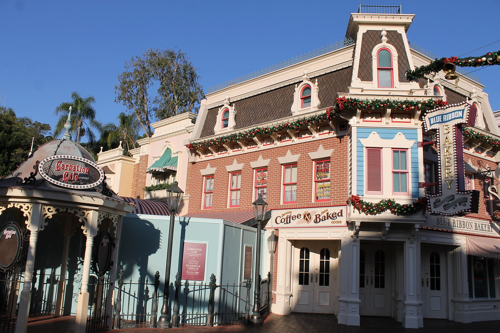 Carnation Cafe and Blue Ribbon Bakery closed