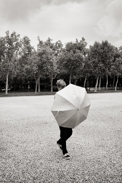 Photograph: [Untitled]; Bordeaux, France, August 2011. By Simon Holliday.
