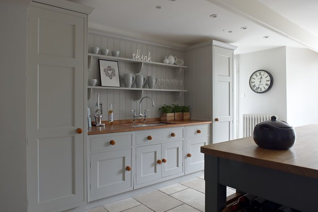 Georgian kitchen design flickr photo sharing for Georgian style kitchen designs