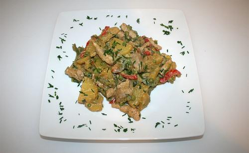 37 - Kartoffel-Paprika-Pfanne / Potato paprika stew - Serviert