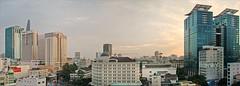 Le centre d'Hô Chi Minh-Ville au crépuscule