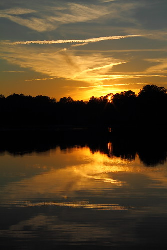 sunset sky lake reflection water sunshine twilight pond southcarolina monte lowcountry maranatha monckscorner mdggraphix onlythebestofnature lowcountrysunset lowcountrysunsets