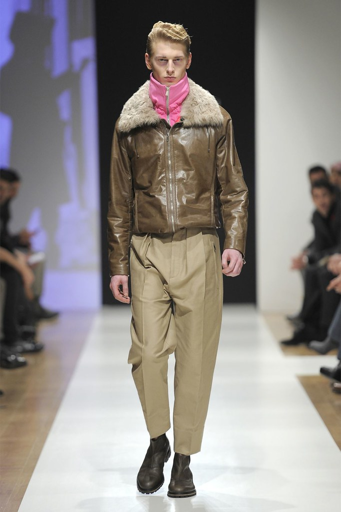 Diederik Van Der Lee3163_FW12 Milan Gazzarrini(Homme Model)