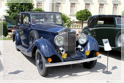 rolls royce car photo