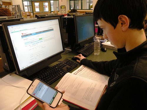 21st Century Research Tools:  Computer, EasyBib iPhone App, and Books