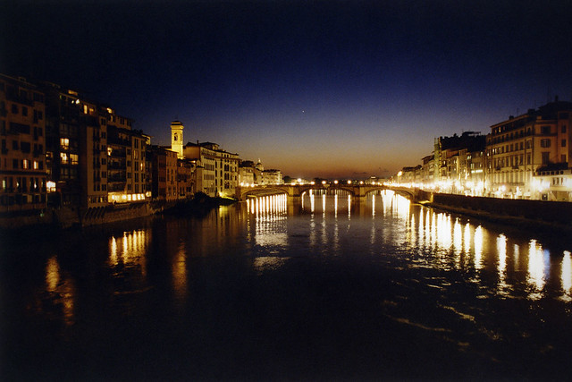 Arno at night