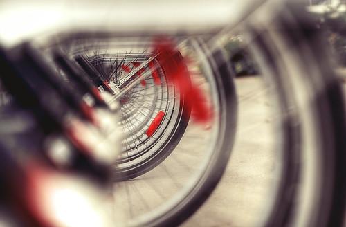 red white toronto ontario canada black bike bicycle grey gray tire tires hdr musicgarden alienskin bixi morningdewphotography TGAM:photodesk=details
