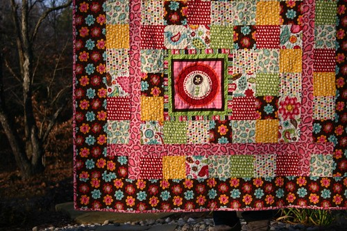Pretty Paisley Quilt - corner