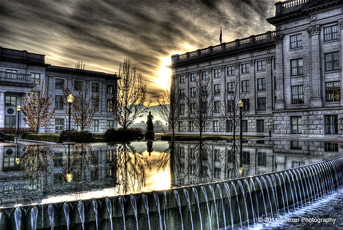 water architecture sunrise utah saltlakecity reflectingpool hdr utahstatecapitol gunged utahcapitolbuilding wyominggeezer geezerphotography