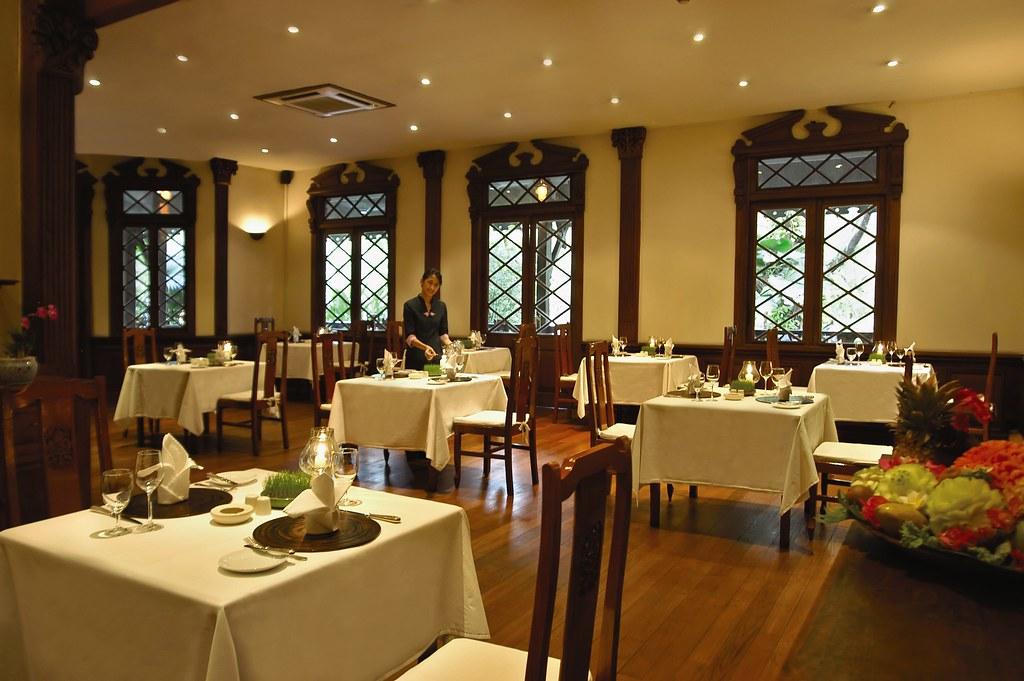 TGR - Restaurant 4.jpg