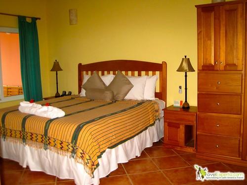 resort in belize