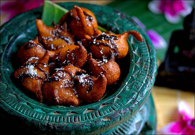 Jemput Pisang Goreng-gebratene Bananenbällchen (Bali)