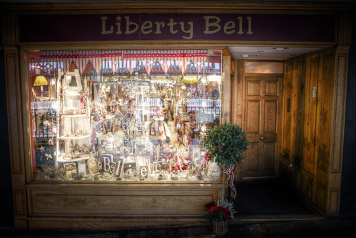 962/1000 - Liberty Bell Shop by Mark Carline