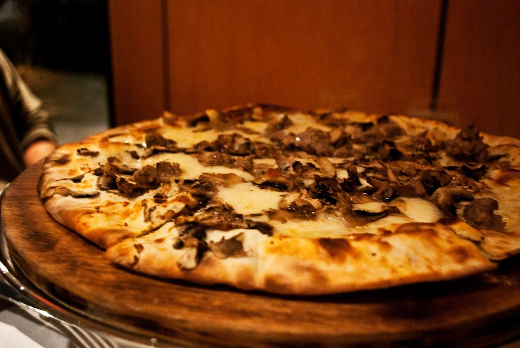 Bernini Mushroom White Truffle Oil Pizza