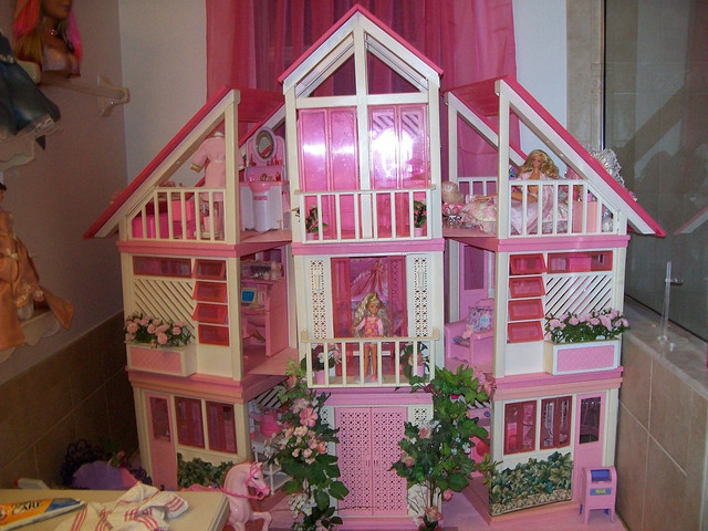 Stanley Barbie Dream House Flickr Photo Sharing
