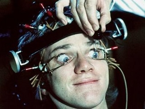 clockwork-orange drollgirl contact lens hygiene