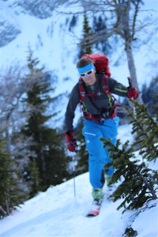Traslin ski touring on Zenoxide
