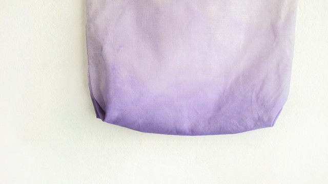 texture tote || purple