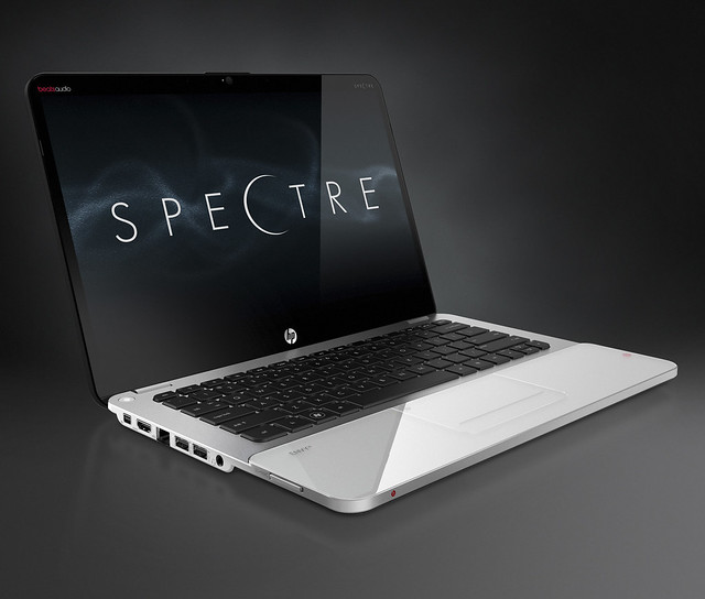 HP ENVY14 Spectre Core Set (Front Left Open)