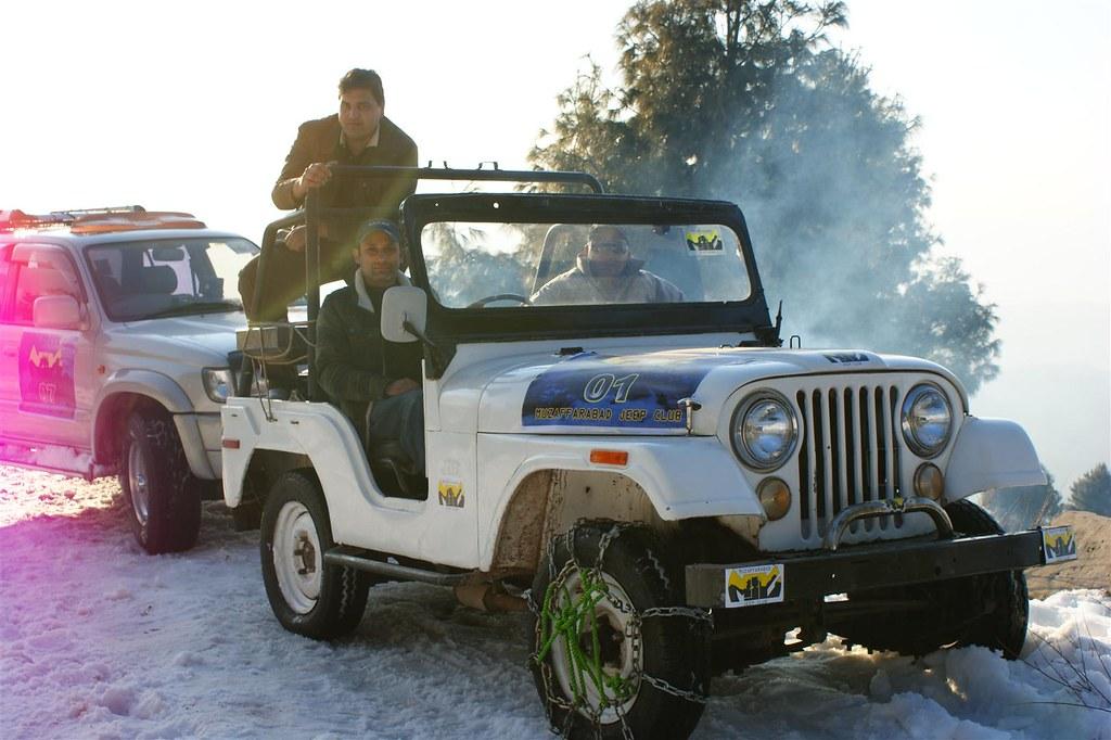 Muzaffarabad Jeep Club Snow Cross 2012 - 6796513323 9e0e5bdd70 b
