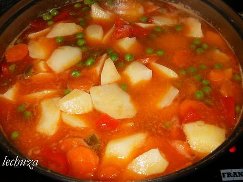 Guiso de pulpo-añadir patatas
