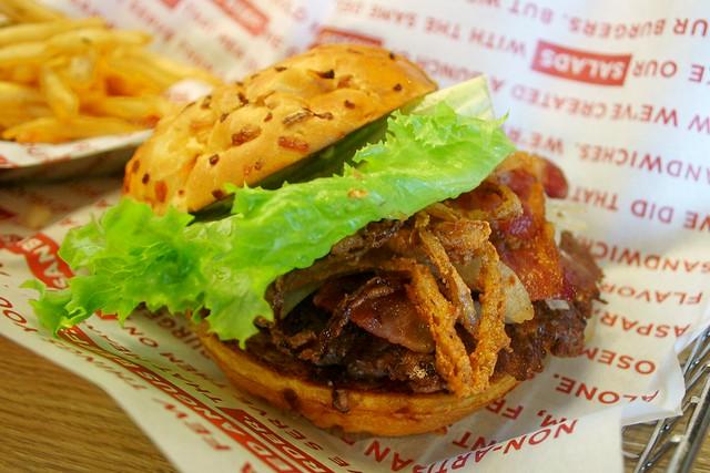 @SmashburgerNNJ 's Jersey Burger