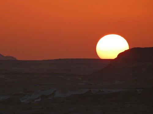 Atardecer en el desierto Líbico (Sáhara oriental, Egipto)