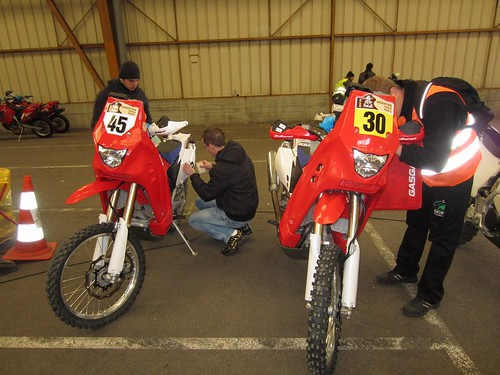 Las GasGas de Marc #30 y Laia #45 Dakar 2012
