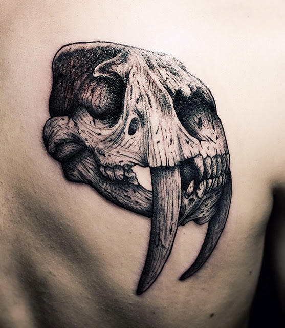 Ien Levin tattoo - Sabertooth