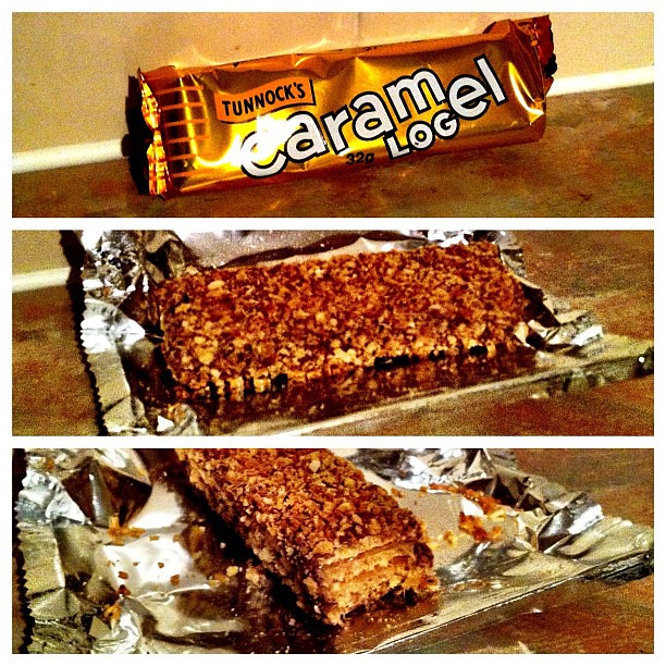 081211_ Tunnock's Caramel Log
