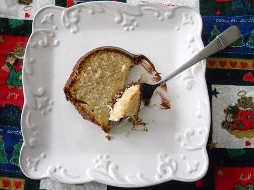 Yummy Banana Coconut Pound Cake