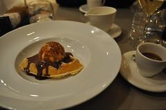 Cialda golosa al Cafe Trussardi, Milano