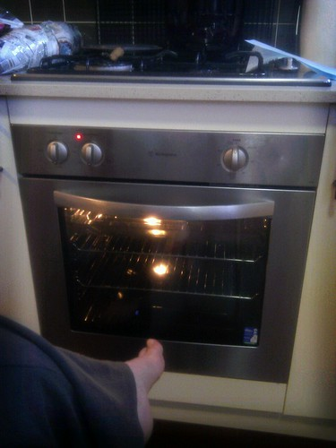 Watching my new oven warm up! #thrilling